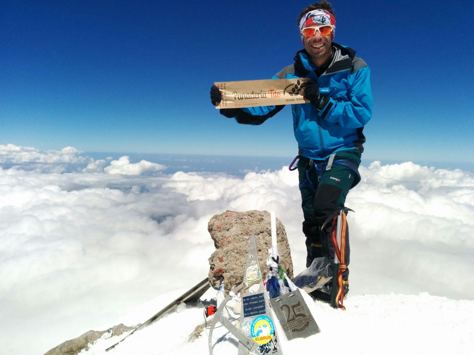 Panaderia Tito ha subido al Elbrus de la mano de nuestro amigo Rafael Calama