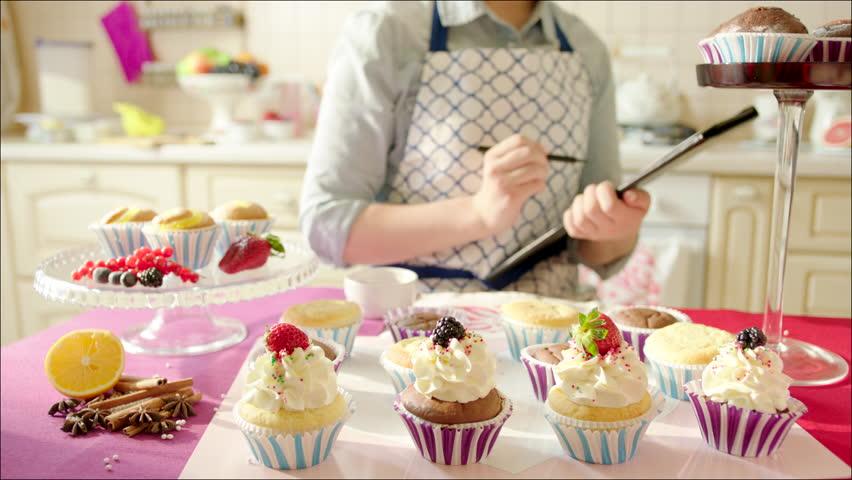 Cómo emprender un negocio de pastelería desde casa